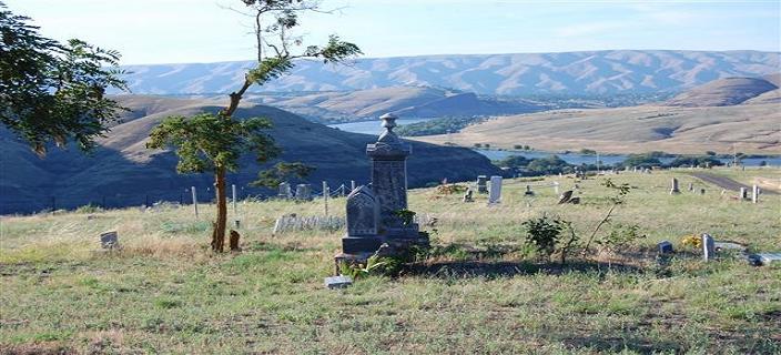 Cemetery_00121